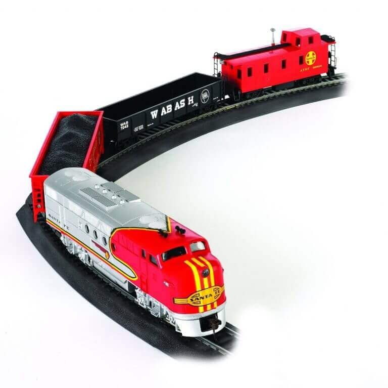 Bachmann Train Santa Fe Flyer Ready-to-Run HO Scale Trains Set