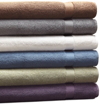 Pinzon 820-Gram Luxury Bath Towel, Marine