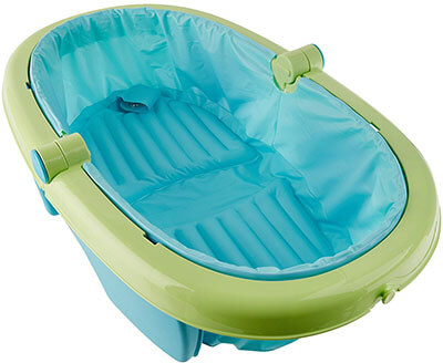 Fold Away Baby Bath by Summer Infant