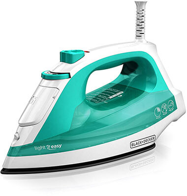 BLACK+DECKER IR1010 Non-Stick Light 'N Easy Compact Steam Iron