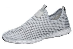Top 10 Best Water Shoes for Women in 2017 Reviews