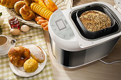 SKG 2LB Automatic Programmable Multifunctional Bread Maker