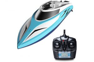 Top 10 Best Remote Control Boats in 2018 Reviews