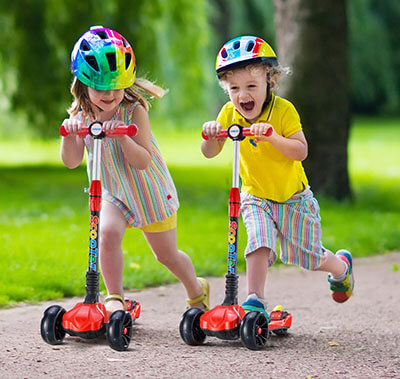 UHINOOS Kids Kick Scooter