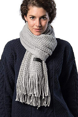 Mio Marino Women's Knitted Scarf